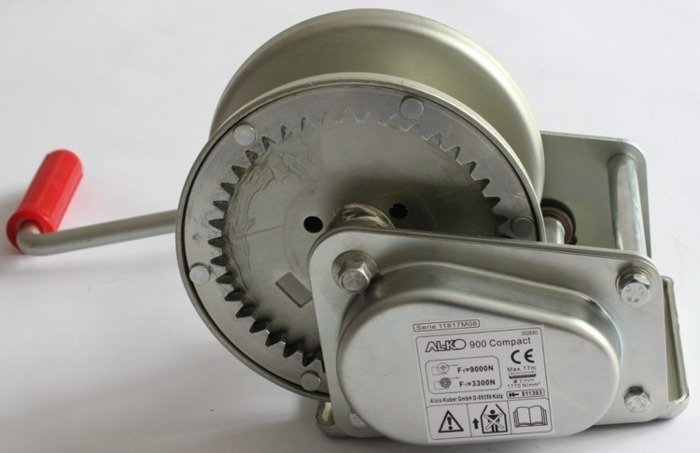 Hand winch AL-KO 900C 900 kg 8.75:1 for trailers