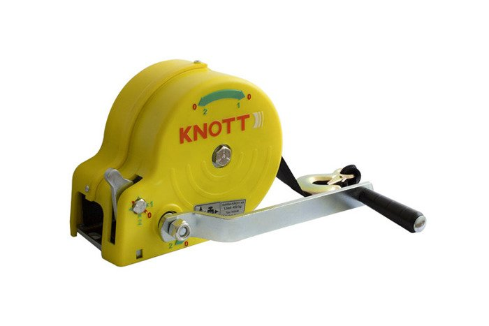 Hand winch for boat trailers 450 kg with belt with yellow cover Knott