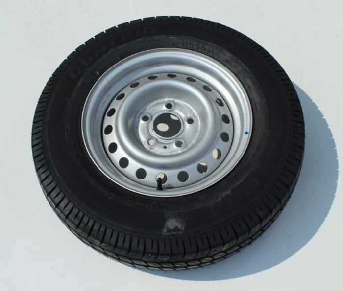 Reinforced wheel assembly 185 R14C Ovation