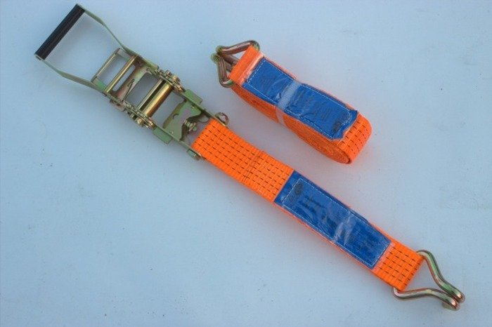 Set: 4 ratchet lashing straps for trailers 6m/50 mm/5T