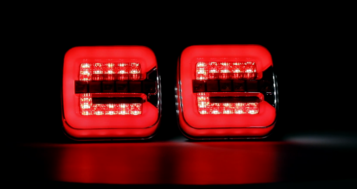 Square rear lamp LED 12-24V with dynamic indicators