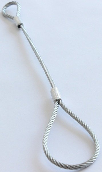 Stainless steel safety cable for light-duty trailers