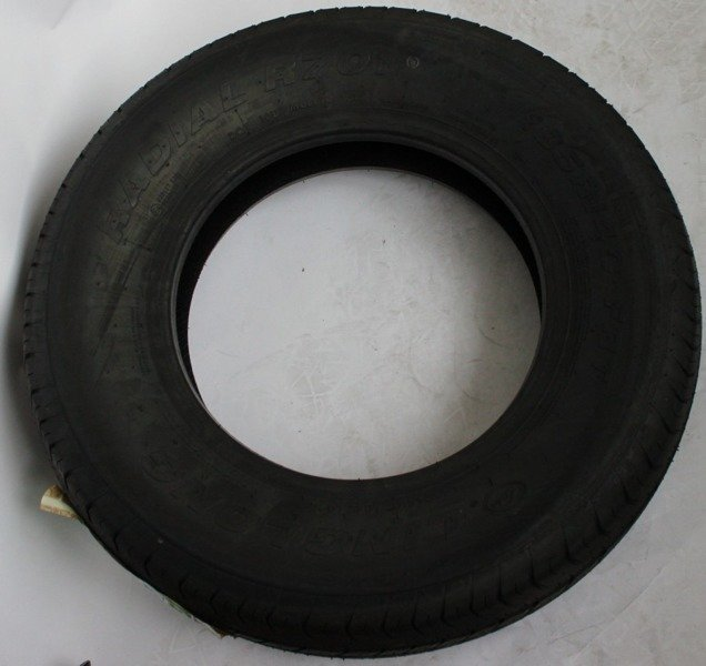 Sturdy tire 185 / R14 C Unit trailer for trailers
